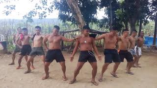 PILIPINO FUNNY DANCE