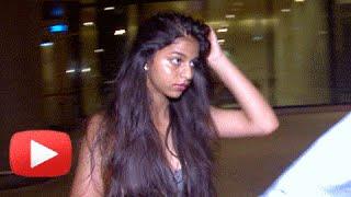 Shahrukh Khan's Daughter Suhana SPOTTED At Airport