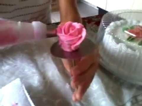 Tutorial como fazer rosas de chantilly