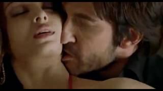 aishwarya rai bachan - hot bed scene (hollywood movie) - noor ali- YouTube.flv