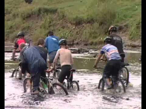путешествие на велосипеде на рыбалку видео