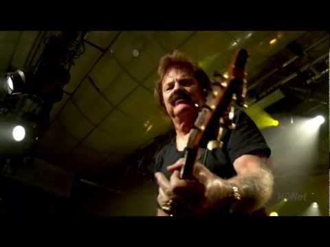 Doobie Brothers - Long Train Running HD (Live) Video Clip