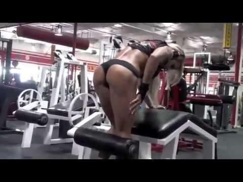 Female Bodybuilder 2012 Larissa Reis Trains Legs Workout Motivational Video