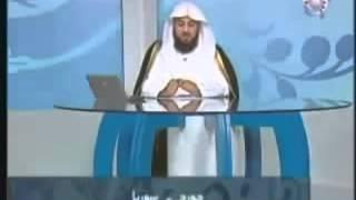 مسيحي يسأل الشيخ ليحرجه فيقتنع بالأسلام