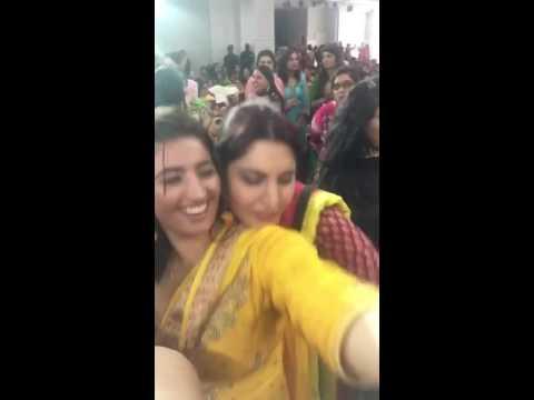 Punjabi girls de hall dekh Lao 😂