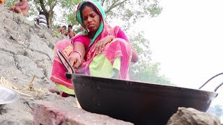 Crab recipe by villagers - Tamarind Crab recipe - Cooking Outside