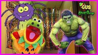 Halloween Costume Runway + Shopping + Indoor Trick or Treating