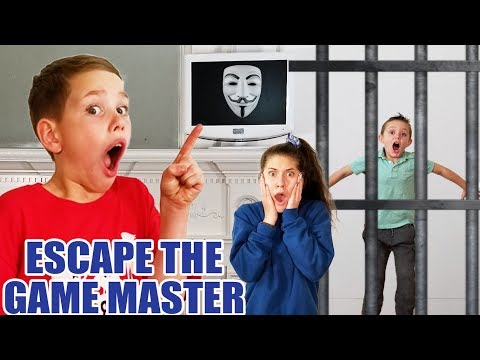 Escape the Game Master SuperHero Kids & Searching the Abandoned Mysterious Mansion for the Clue