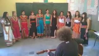 Akli D 2017 chante avec les fille thquvaylith anida ithididh