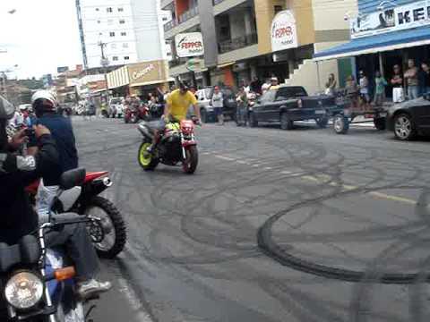 Moto Laguna 2009 3