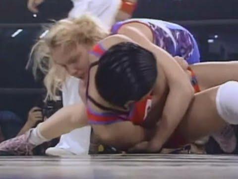 Doris Blind France vs Kyoko Hamaguchi Japan Amateur Wrestling Match