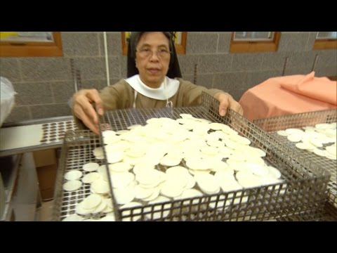 Meet the Nuns Who are Making Communion Wafers for Pope Francis Visit
