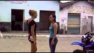 2 sexy girls fight in the street