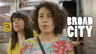 Broad City - Subway Encounters