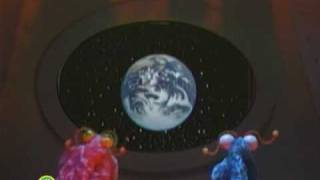 Sesame Street: Martians Find the Earth