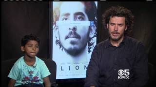 Sunny Pawar and Garth Davis From The Movie 'Lion'