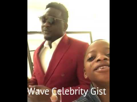 Nigerian Hip-hop Fuji star  Destiny Boy spotted chilling with Wande Coal in an hotel
