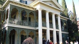 Haunted Mansion ride at Disneyland - HDThrillSeeker