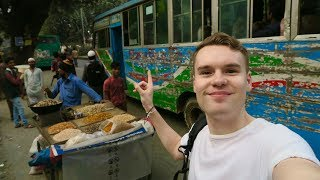 TAKING A LOCAL BUS IN DHAKA, BANGLADESH 🇧🇩