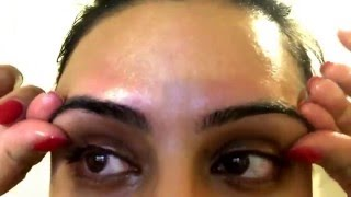Organic Beauty: How to apply Castor Oil to your eyelashes and eyebrows!