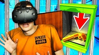 Escaping Virtual Reality PRISON With SECRET Item (Prison Boss VR Funny Gameplay)