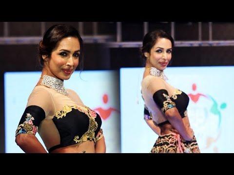 Xxx Mp4 Hot Malaika Arora Walks On Ramp At SSJA Silver Nite Fashion Show 3gp Sex
