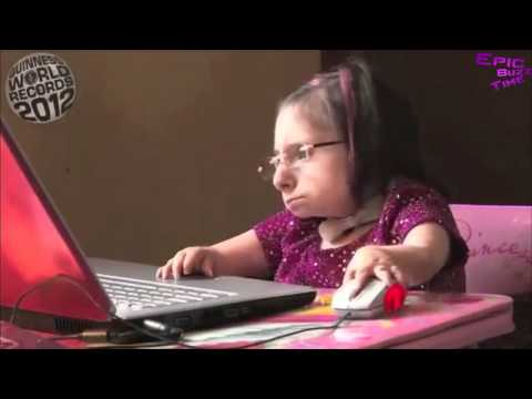 INÉDIT La plus petite femme du monde 69 cm Bridgette Jordan HD