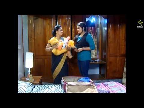 mallu serial actress Roopasri  Very Big Wide Navel Slips in Saree