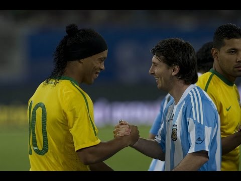 Ronaldinho Humillando a Messi 2008/2009 (JJ.OO)