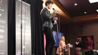 Shawn Mendes wins 2017 Juno Award Fan Choice Award