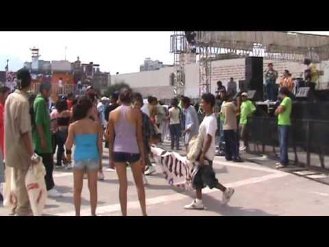 Cumbia Paseo Santa Lucía Monterrey