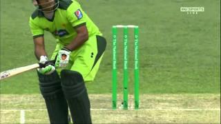 Ahmad Shehzad v Milne - New Zealand v Pakistan 3rd T20