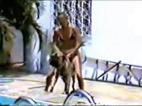 1987 XUXA DE BIQUINI NA BEIRA DA PISCINA SENSACIONAL
