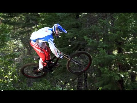 Specialized Racing Downhill Team