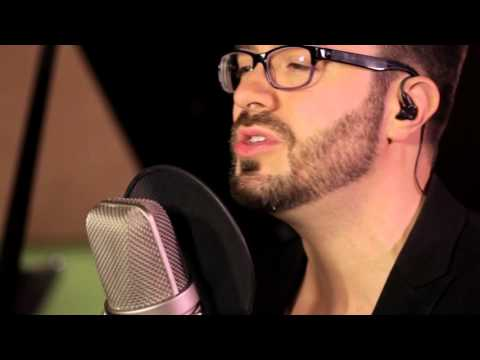 Danny Gokey Tell Your Heart To Beat Again Live