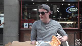 Barstool Pizza Review - Frankie Boy