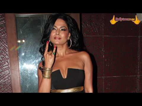 Xxx Mp4 Hot Amp Sexy VEENA MALIK At The Launch Of Rum Rum New Song From Drama Queen HD 3gp Sex