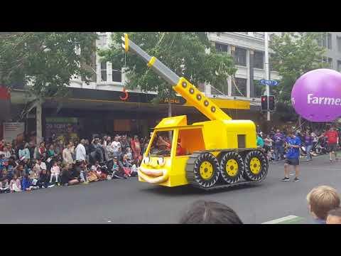 Farmers Santa Parade 2016, Auckland, Nz- New Zealand Fire Brigade Display