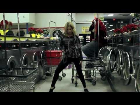 Dance Like Nobody's Watching: Laundromat   HelloGiggles