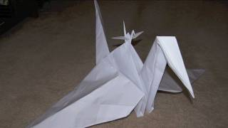 How to Make a Giant Paper Crane! (Time Lapse)