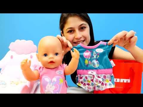 Xxx Mp4 Ayşe Loli'ye Ve Gül'e Hediyer Alıyor Bebek Oyunları 3gp Sex