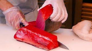 Japanese Street Food - Tsukiji Market MUST EATS Sashimi, Ramen, Seafood Japan