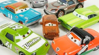 NEW 2016 DISNEY PIXAR CARS FRED VITOLINE PISTON CUP MARIO ANDRETTI RACING COLLECTION TOYS