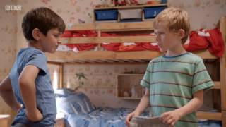 Topsy and Tim Series 1   24  Dressing Up