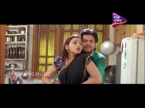 Xxx Mp4 Chanda Na Tame Tara Comedy Clip Funny Romance Scene Odia Movie Comedy 3gp Sex
