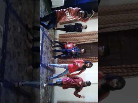 Song Kala Chasma desi dance with cute girl