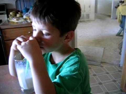 Xxx Mp4 My Brother Slepping While Drinking A Milk Shake 3gp Sex