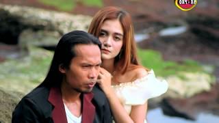 Arya Satria feat. Irenne Ghea - Kita Tak Mungkin Bersama [OFFICIAL]