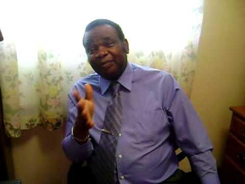 Papa Dr. Léopold Kumbakisaka 6