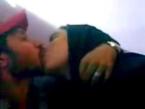 Xxx Mp4 ANP Boy Kiss MQM Girl IN KARACHI 3gp Sex